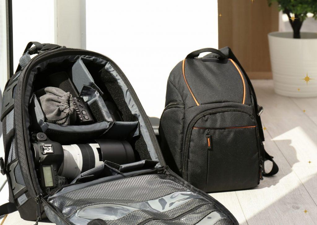 czarny plecak fotograficzny